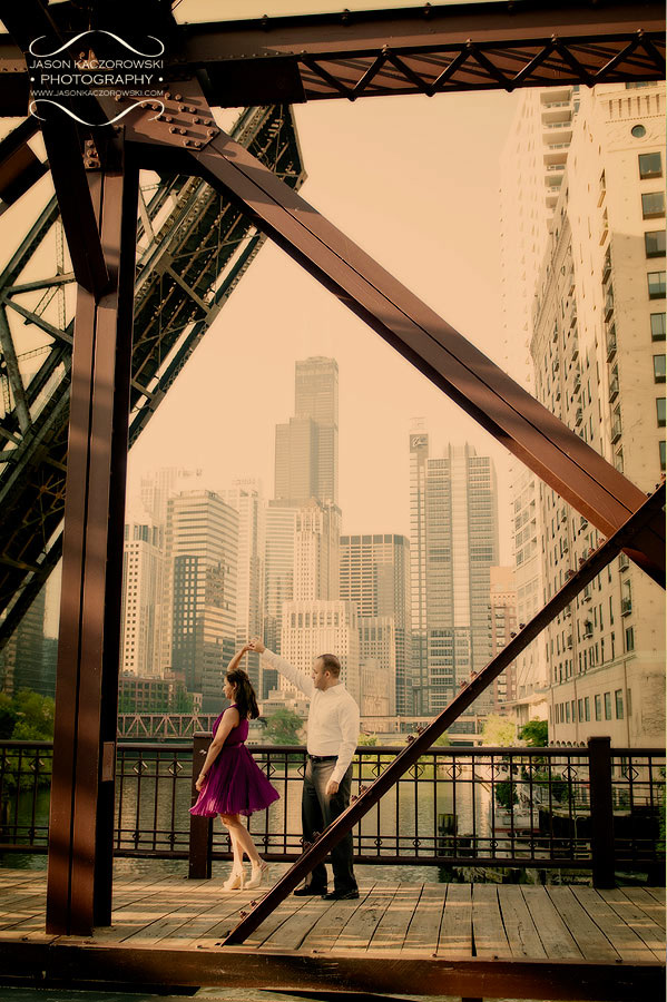 Kinzie Street Bridge Engagement Pictures 13