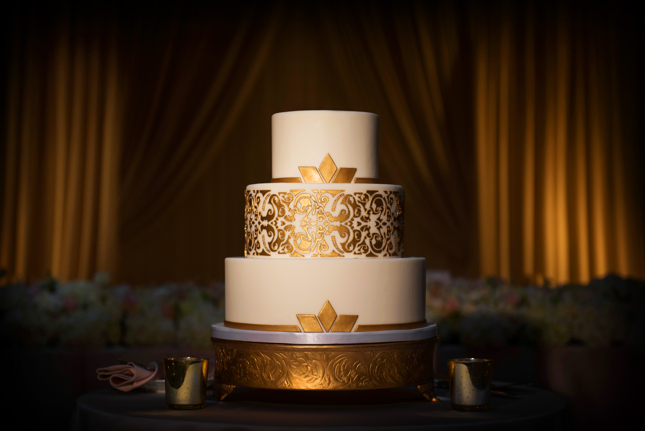 Gold Art Deco Wedding Cake