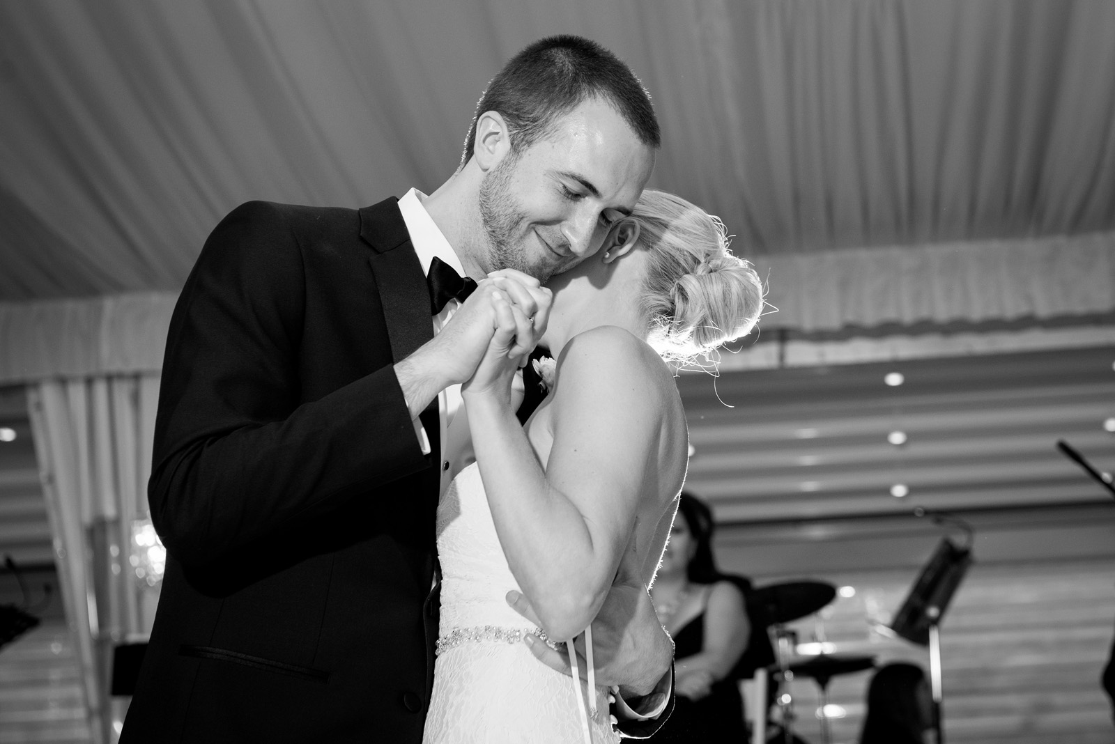 Romantic Black and White photo of Bride and Groom's First Dance