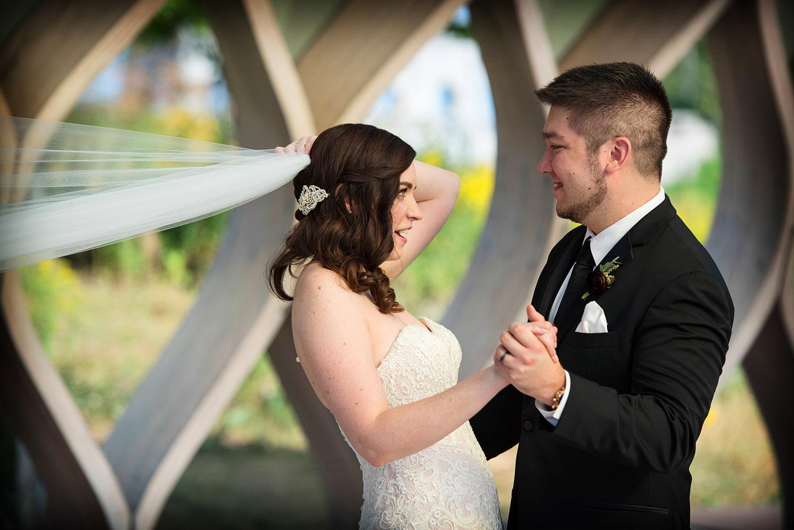 Bride veil being pulled