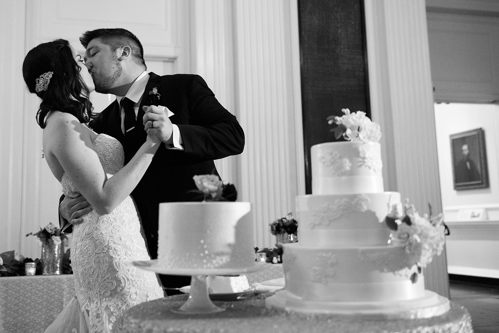 Bride Groom Kiss Wedding Cake Cut