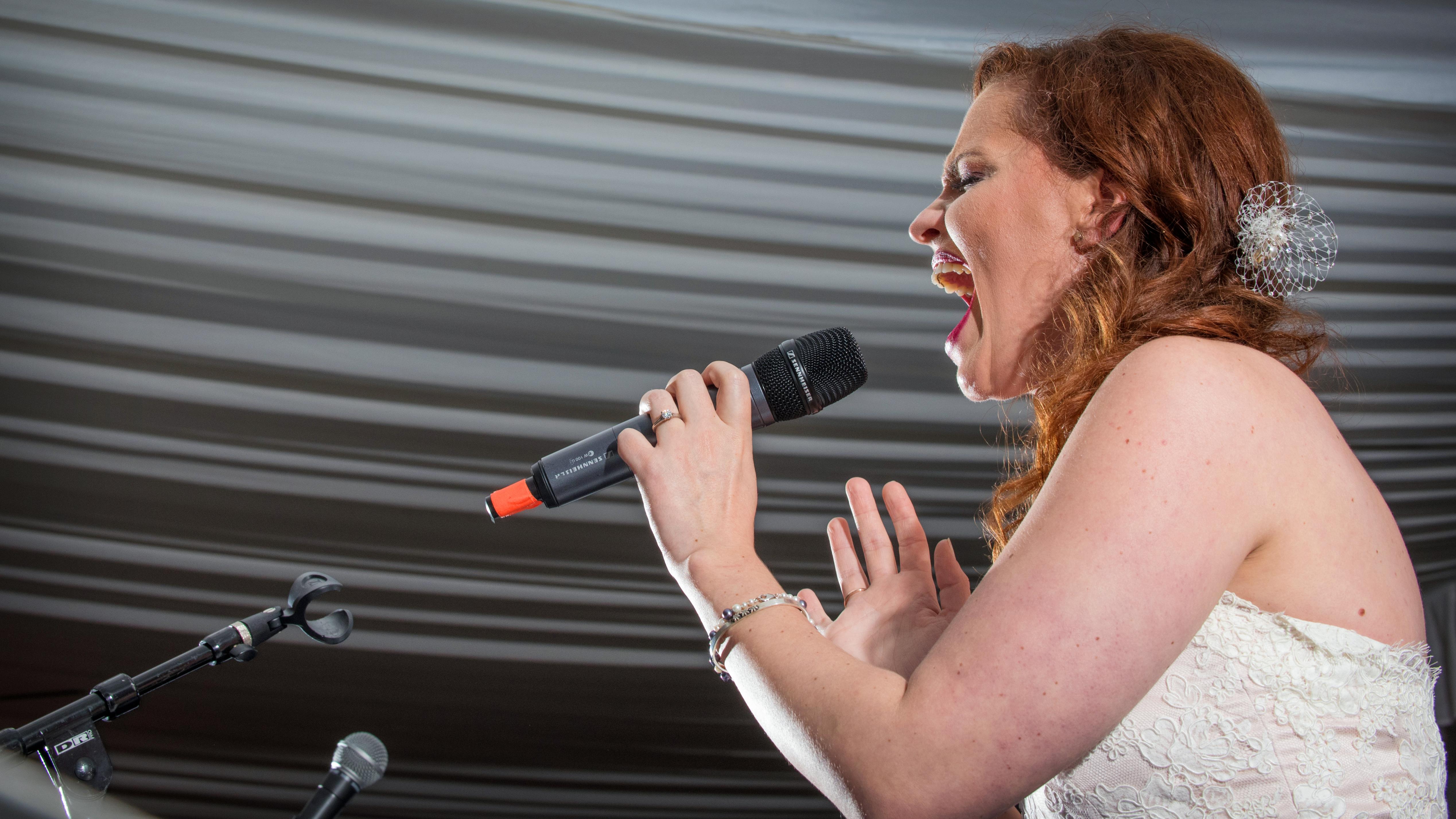 Singing Bride