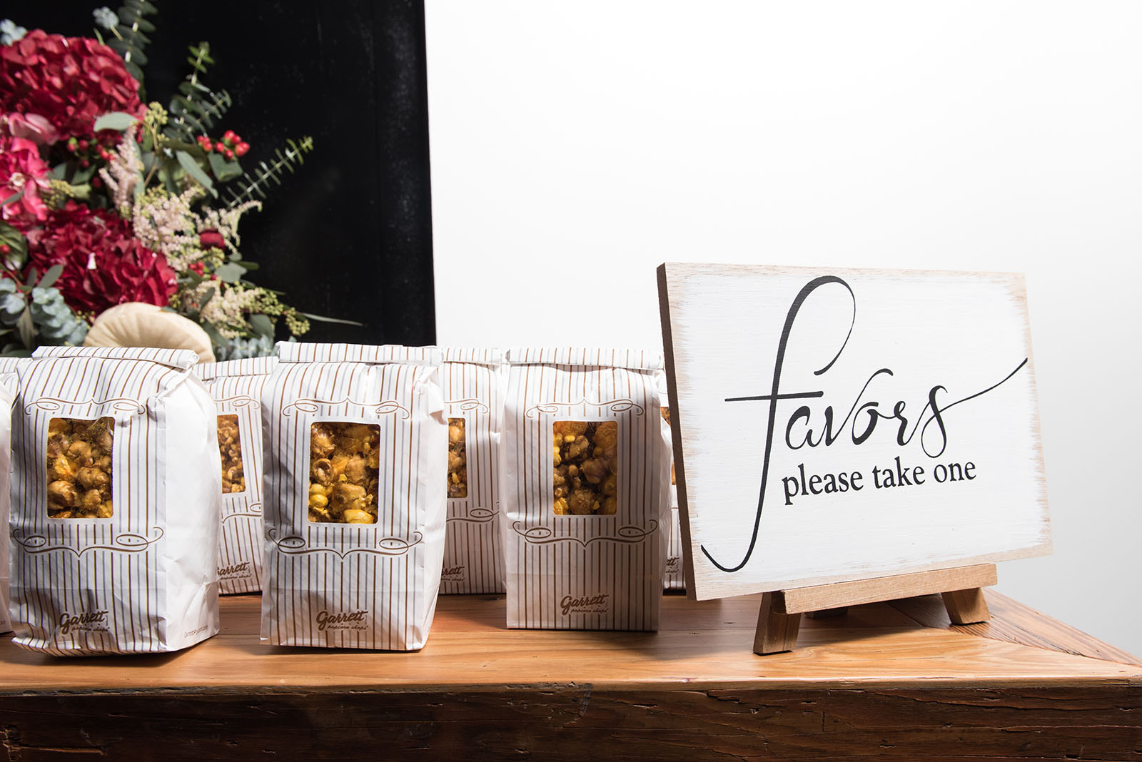 Wedding Favors Chicago Popcorn Inspiration