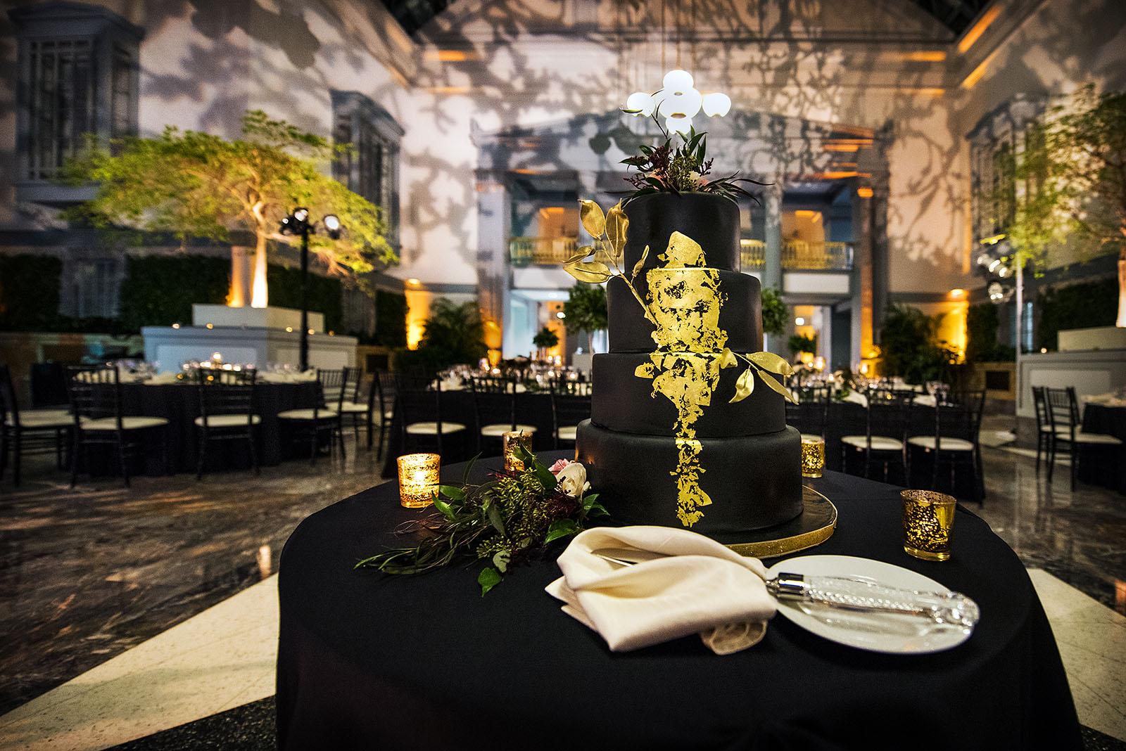 Harold Washington Library Wedding Cake