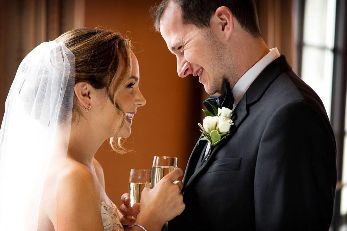 bride groom champagne toasting